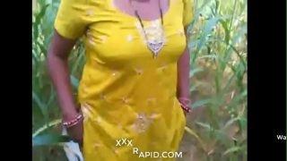 Indian Punjabi  Bhabhi Fucked In Outdoor Land Hindi Dubbed Sexprose.com