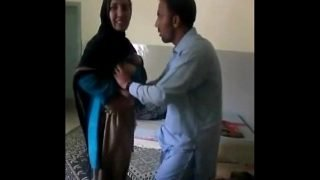 Pakistani Bhavi And Neighour Quick Masti in bedroom – Wowmoyback